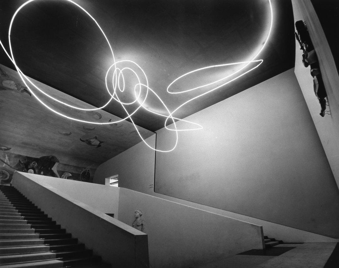 Light art paradigma della modernità