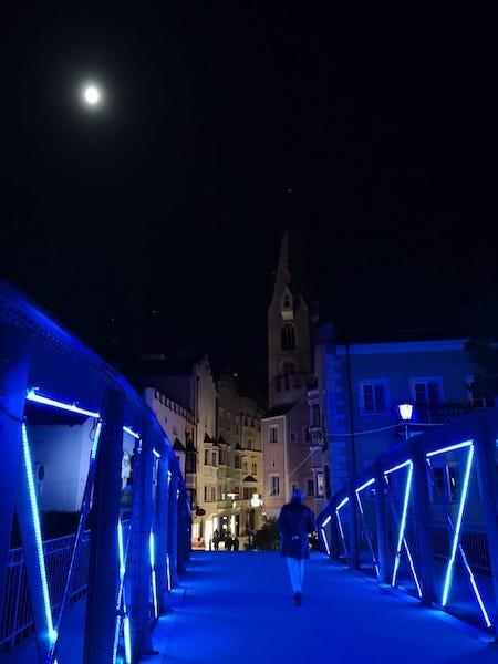 ponte illuminato